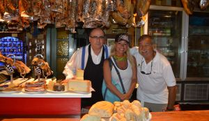 At the gourmet restaurant with the proprietor at Villamayor del Rio