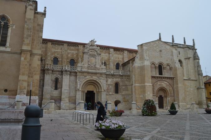 Basilica de San isidore, Leon